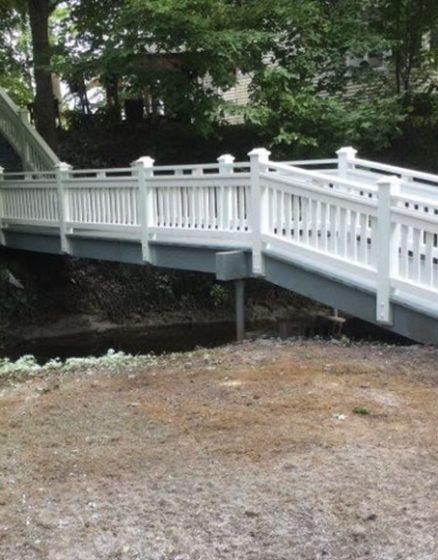 Deck over creek Niagara